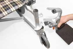取外しの利くコンパクトや軽量な車椅子