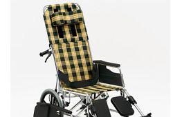 リクライニング車椅子の画像