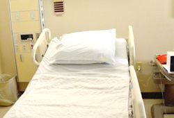 病院のベッドの写真