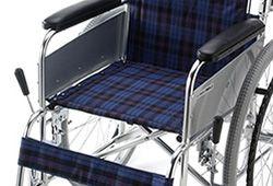 車椅子の座面寸法イメージ