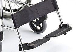 車椅子のフットレストの高さイメージ