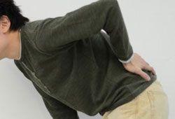 腰などの痛みのイメージ画像