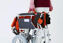 女性でも持ち上げられる車椅子