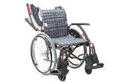 最新式のかっこいい車椅子のイメージ