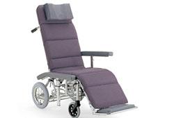リクライニングの車椅子