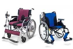 手動車椅子と電動車椅子